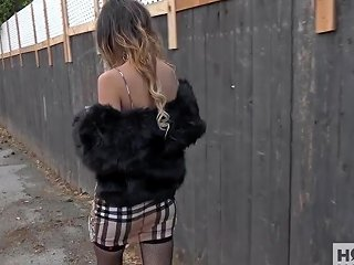 Sexy Teen Meets Up With Hookup Hotshot For First Time Anal