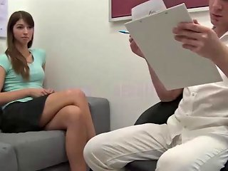 Super Teen Kateryna Wants To Fucking With The Doctor Porn Videos