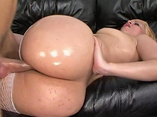 Bigbutt Milf Fucked And Destroyed